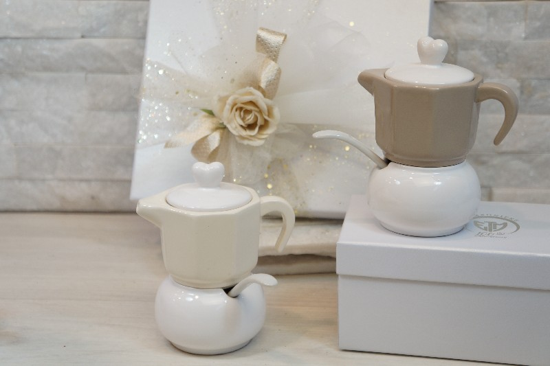 Regali e Bomboniere - Offerte - Bomboniere Utili - COFFEE SET ASSORTITO CON BOX H12CM